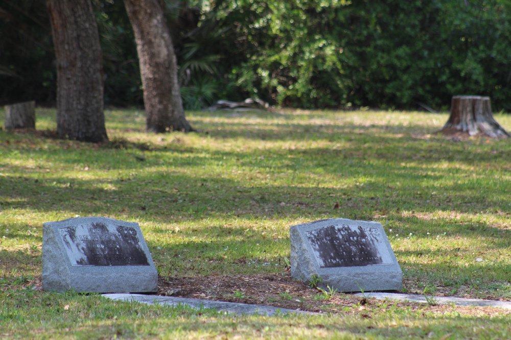 Fort Denaud Cemetery: 1170 Cemetery Rd, LaBelle, FL
