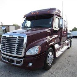 Arrow Truck Sales - Commercial Truck Dealers - 7920 East Fwy