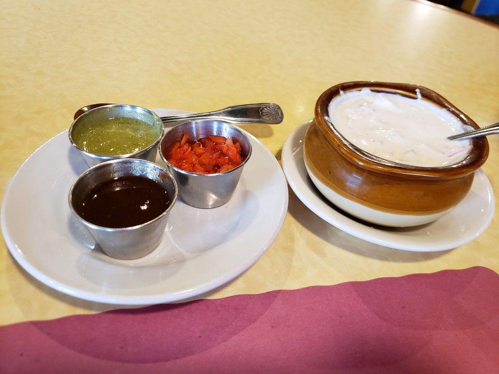 Priya Indian Cuisine: 460 Memorial Dr, Chicopee, MA