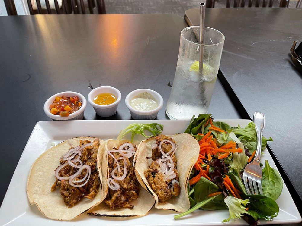 Nosh Eatery: 1269 Bay St, Florence, OR