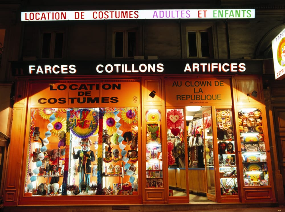 Au clown de la r publique 10 fotos hobbyshop 11 boulevard saint martin r publique paris - Restaurant boulevard saint martin ...