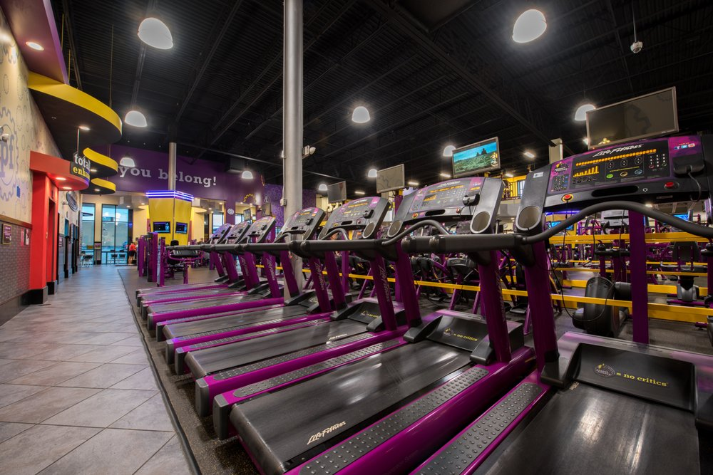Planet Fitness: 800 Mall Rd, Barboursville, WV