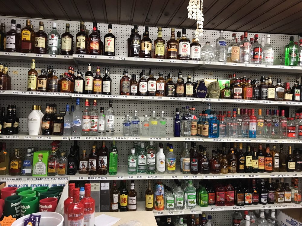 Cedar Lake Grocery: 3448 S US Highway 23, Greenbush, MI