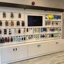 uBreakiFix - 55 Reviews - Mobile Phone Repair - 4656C King