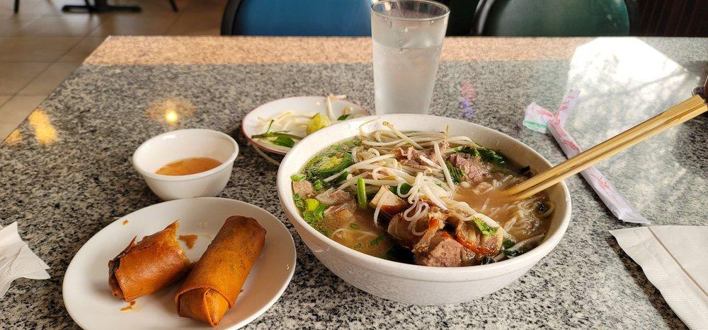 Pho Thành & Café: 2108 N 4th St, Coeur d'Alene, ID