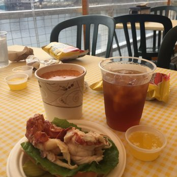 Geno's Chowder & Sandwich Shop - 60 Photos & 60 Reviews - Sandwiches - 177 Mechanic St ...