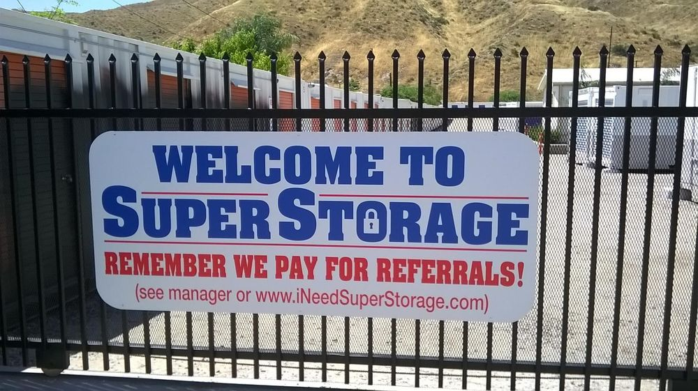 SuperStorage - Canyon Country: 17175 Sierra Hwy, Santa Clarita, CA
