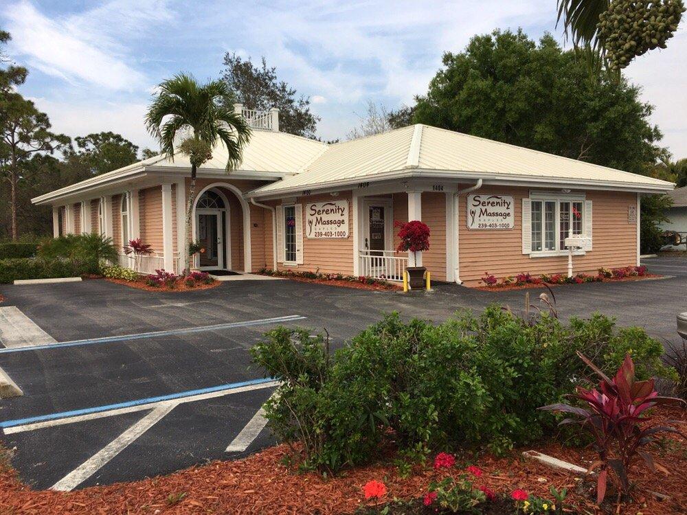 Serenity Massage-Naples: 1404 Goodlette Frank Rd N, Naples, FL