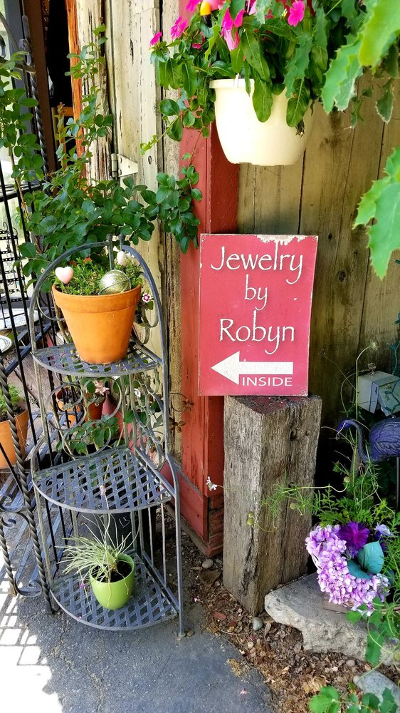 Jewelry By Robyn: Coursegold Historic Village, Coarsegold, CA