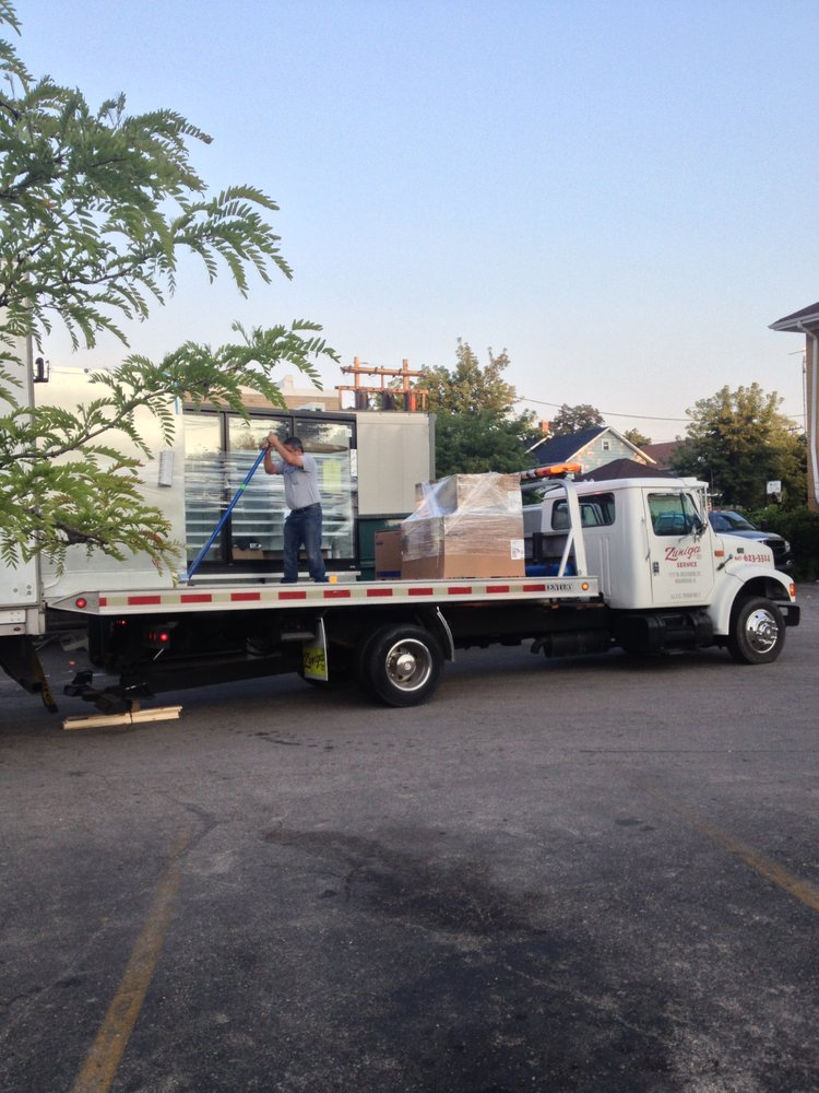 Towing business in Lake Villa, IL
