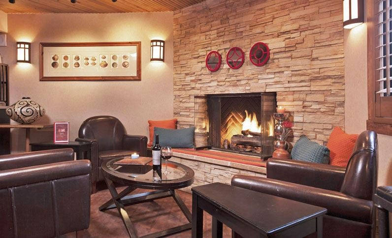 Inn at Santa Fe, SureStay Collection by Best Western: 8376 Cerrillos Rd, Santa Fe, NM