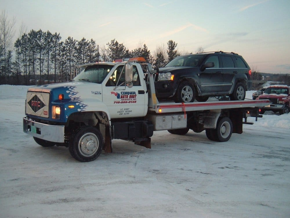 Corner Autobody and Towing: 224 S Boundary Rd, Cadott, WI