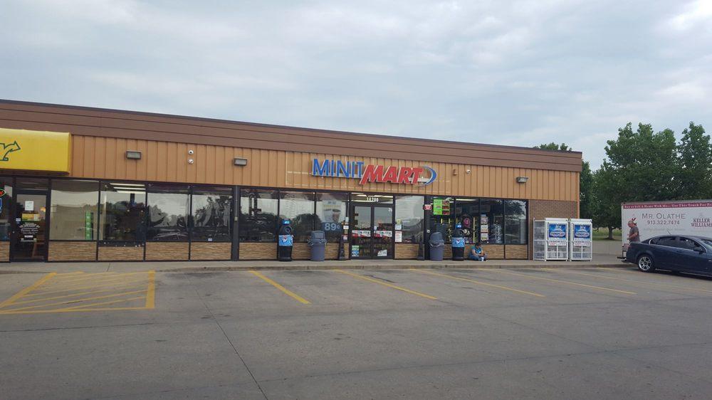 Minit Mart: 34200 Commerce Dr, De Soto, KS
