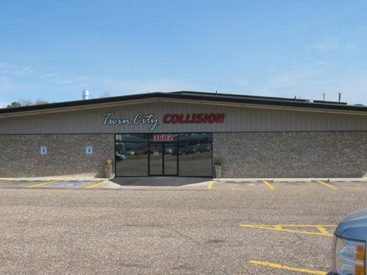 Best auto body repair shops near me 10