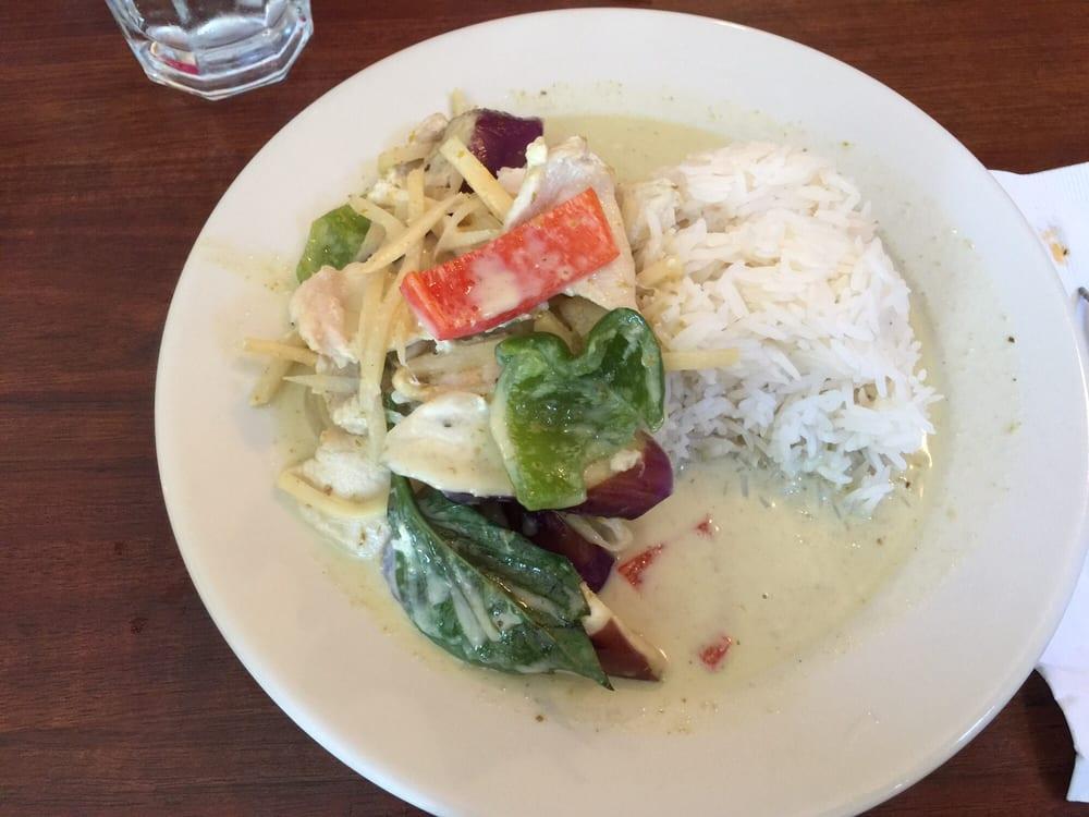 Chao Thai Restaurant: 112 Main St, Bridgton, ME