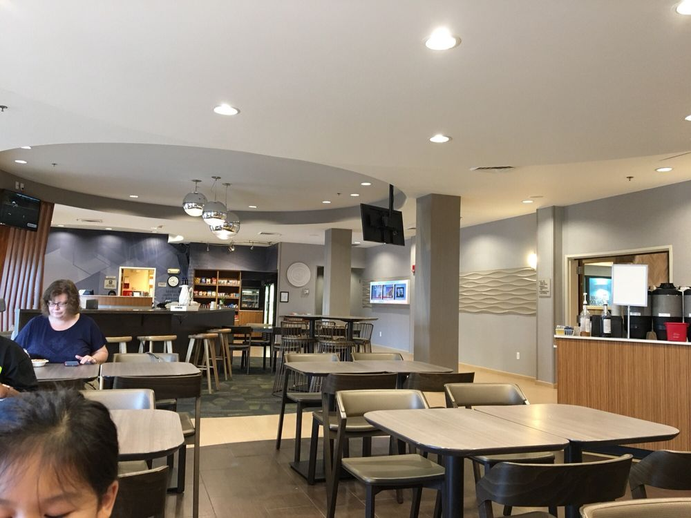 SpringHill Suites by Marriott St. Louis Brentwood: 1231 Strassner Drive, Brentwood, MO