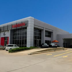 Houston Nissan Dealerships >> Central Houston Nissan 26 Photos 137 Reviews Auto Parts
