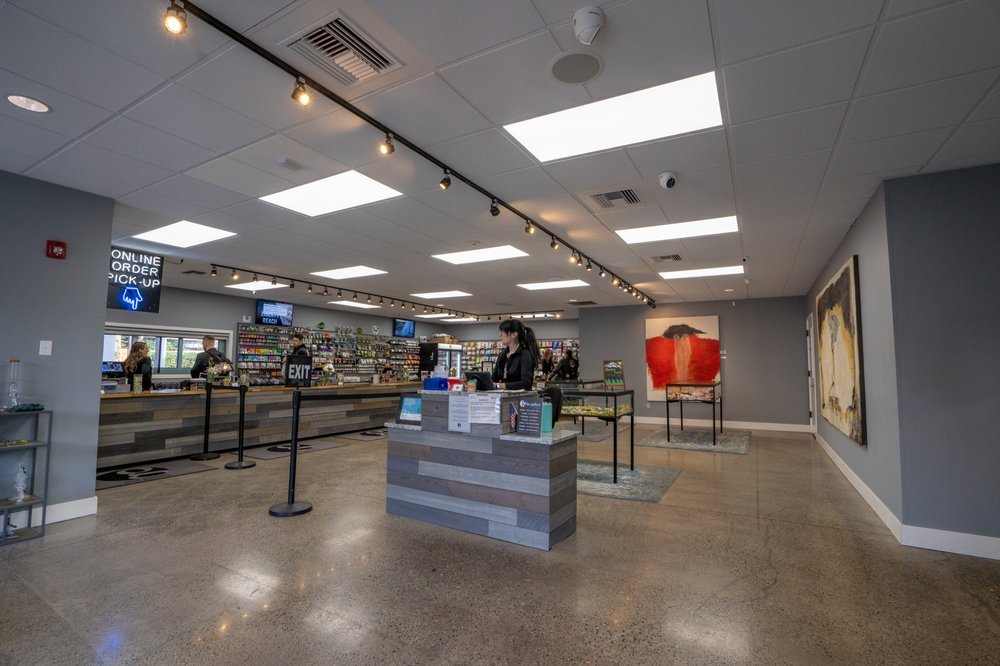 The Gallery - South Hill Puyallup: 11821 Canyon Rd E, Puyallup, WA