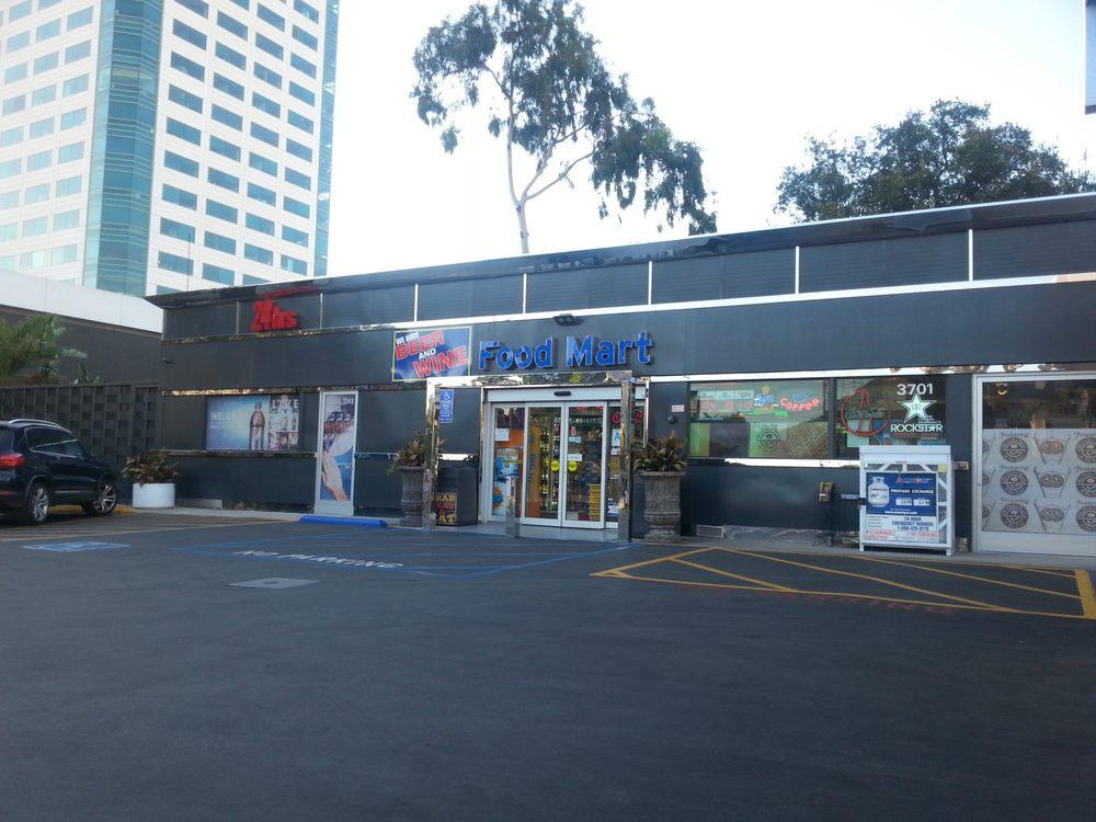 Chevron At Riverside & Hollywood Way-Mda Ctr Chvrn