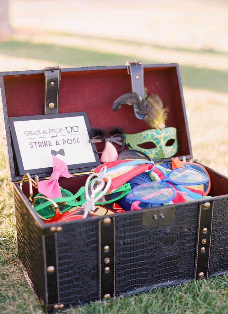 Free Air Photo Booth - Photobooth Rental: Sacramento, CA