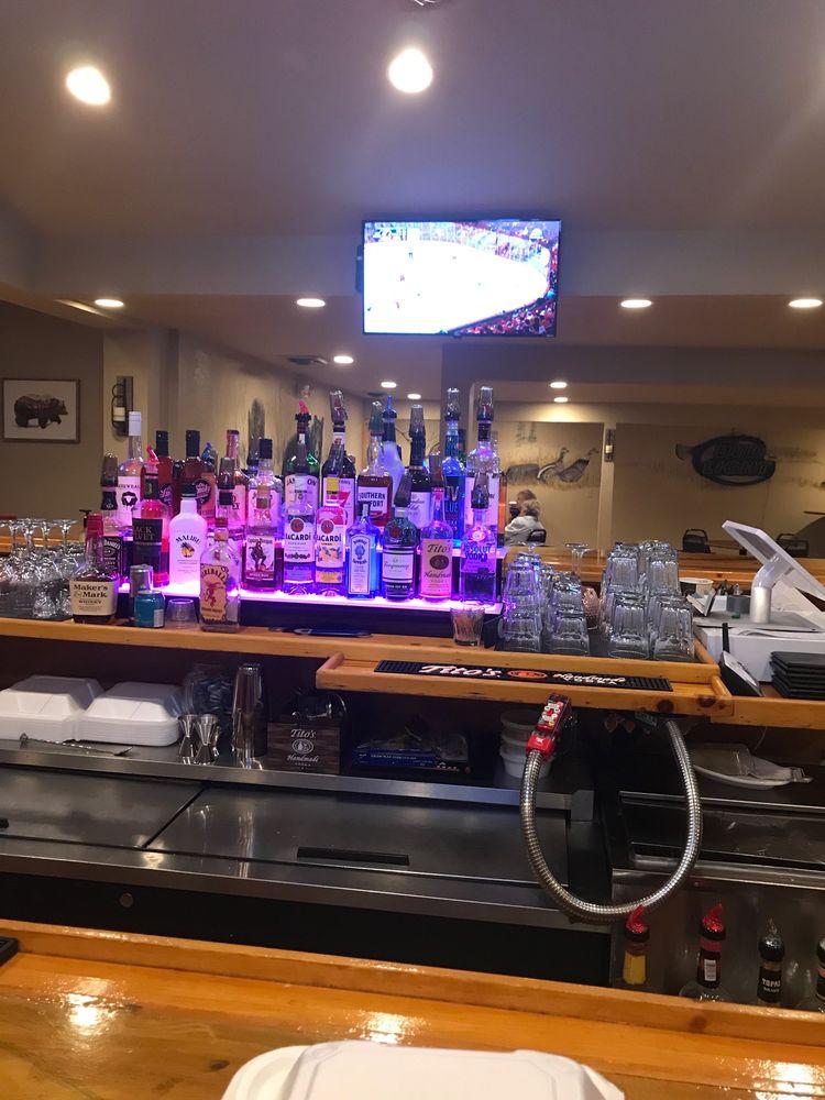 Stumpy's Pub And Grub: 638 M-68 HWY, Afton, MI