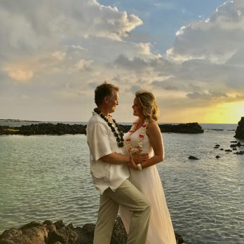 Photo Of Simple Kona Beach Weddings Kailua Hi United States