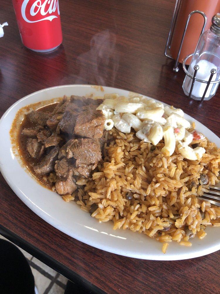 El Buen Sabor Restaurant: 59 Chandler St, Worcester, MA