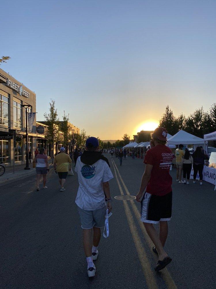 Kendall Yards Night Market: 1335 W Summit Pkwy, Spokane, WA