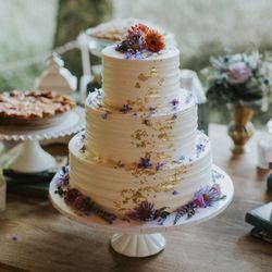 Good Photo Of Helen Bernhard Bakery   Portland, OR, United States. Our Wedding  Cake