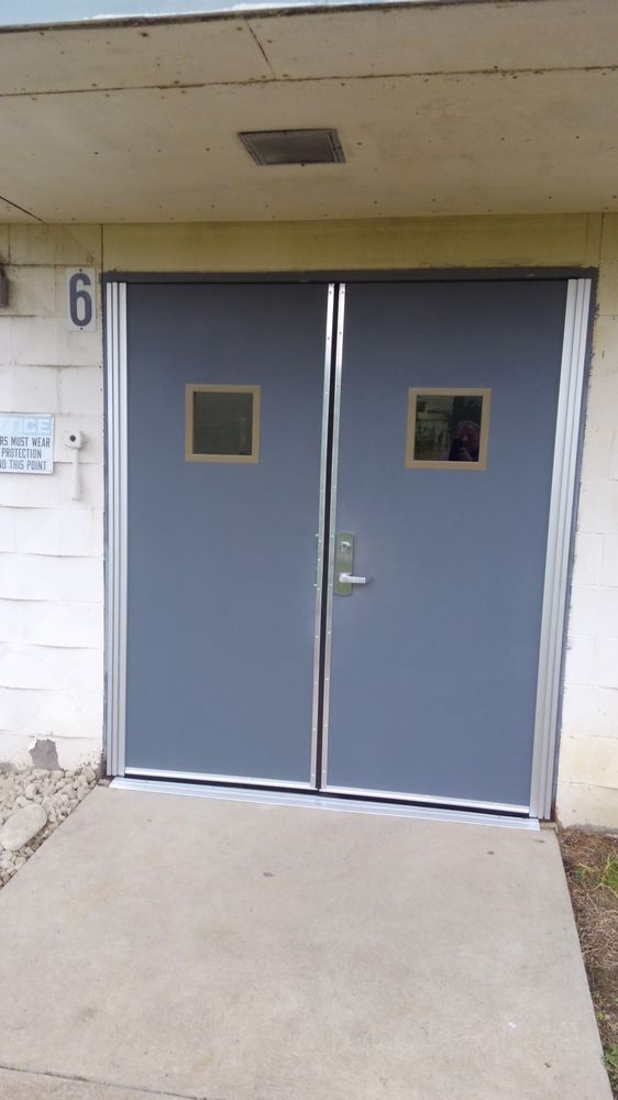 Budget Door of Cincinnati & Search Active Doorway Garage Door Experts in Cincinnati OH pezcame.com