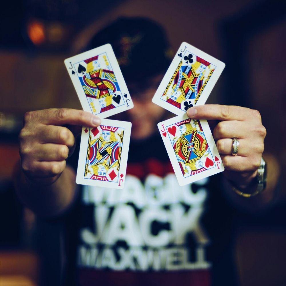 Magic Jack Maxwell
