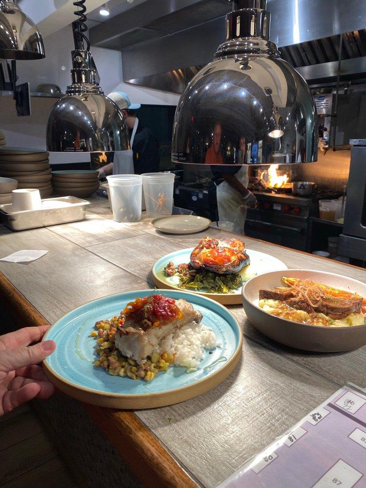 Ty's Roadside Coastal Kitchen: 713 W Coleman Blvd, Mount Pleasant, SC