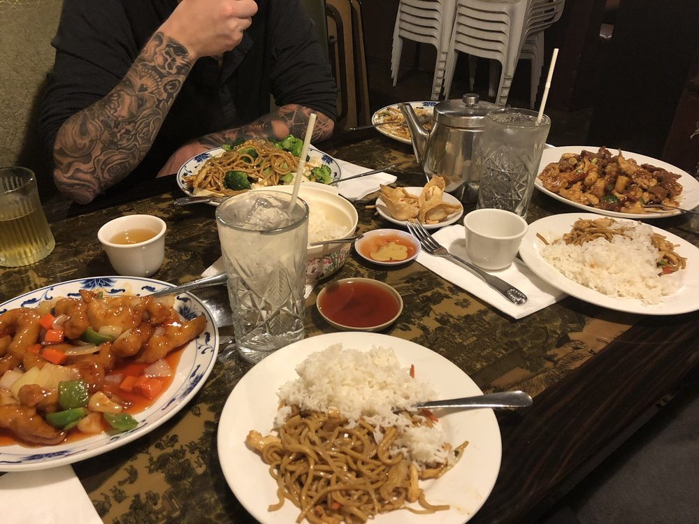 Chinese Dumpling House: 575 W Channel Islands Blvd, Port Hueneme, CA