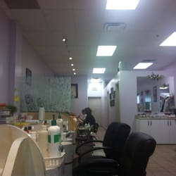On top design nail nail salons 2900 warden avenue milliken photo of on top design nail toronto on canada the layout prinsesfo Images