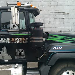 Truck Lettering Specialist 10 Photos Signmaking