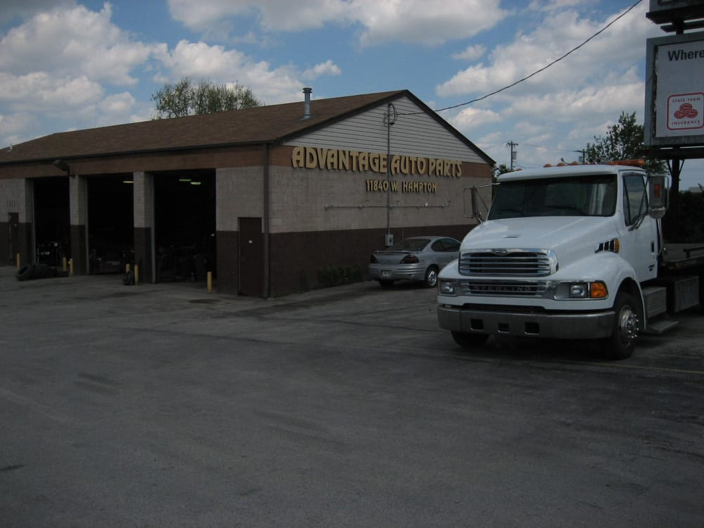 Advantage Auto Parts: 11840 W Hampton Ave, Milwaukee, WI