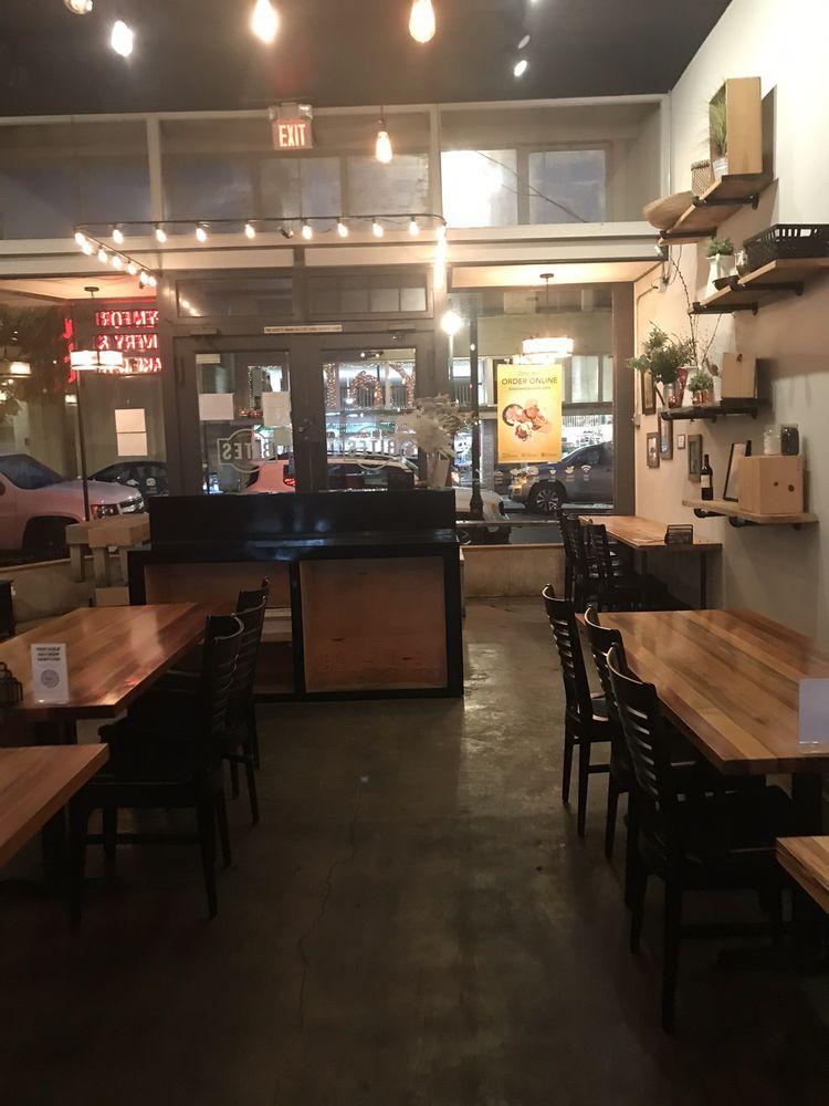 Burger N Buns: 2014 Main St, Forest Grove, OR