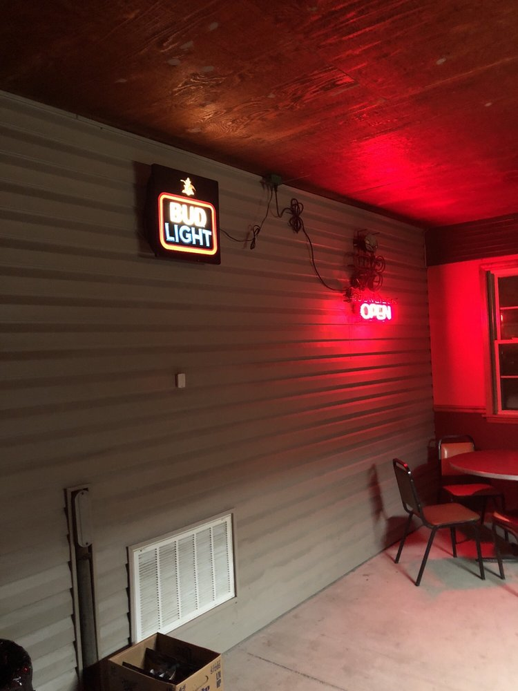 Second Last Chance Saloon: 101 Sinclair Ave, South Roxana, IL