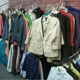 Garage Sale Outlet Closed 17 Photos Thrift Stores 214 N