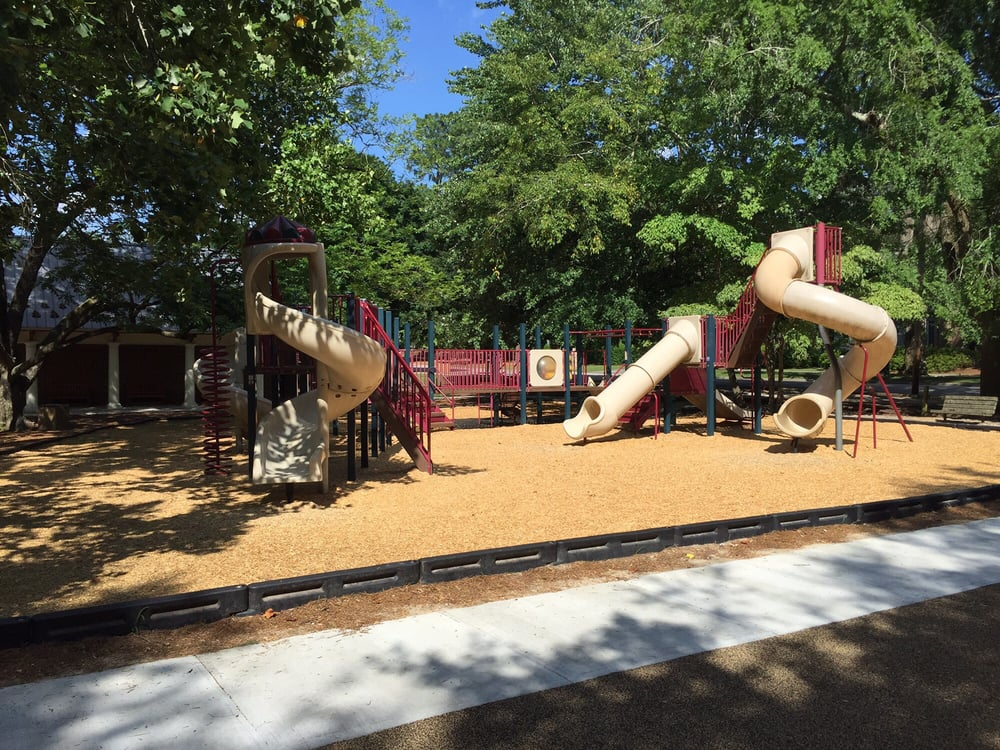 Southern Pines Park: 195 S Ashe St, Southern Pines, NC