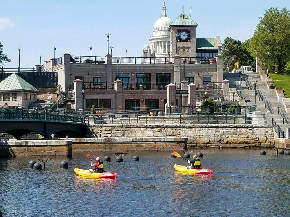 Providence Kayak: 10 Memorial Blvd, Providence, RI
