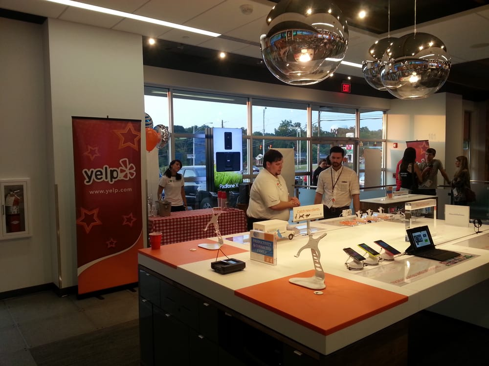 Elite Event: AT&T's New Store!: 521 Fieldstown Rd, Gardendale, AL