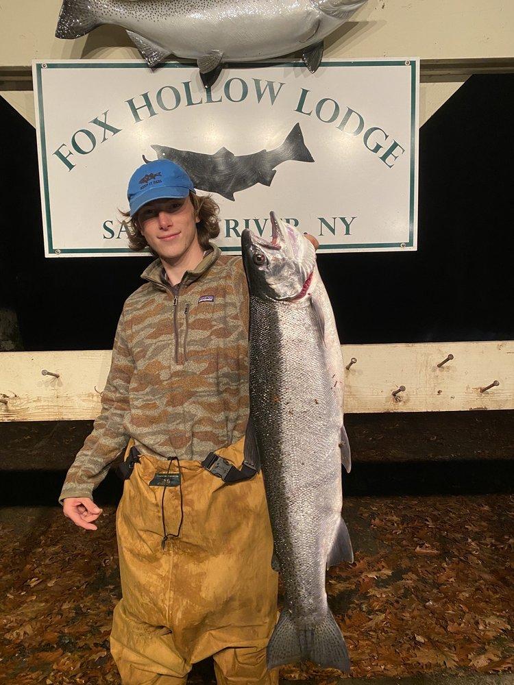 Fox Hollow Lodge: 2740 State Rte 13, Altmar, NY