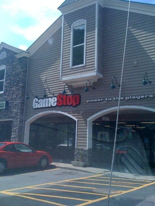 GameStop: 11 Georges Field, Hinsdale, NH