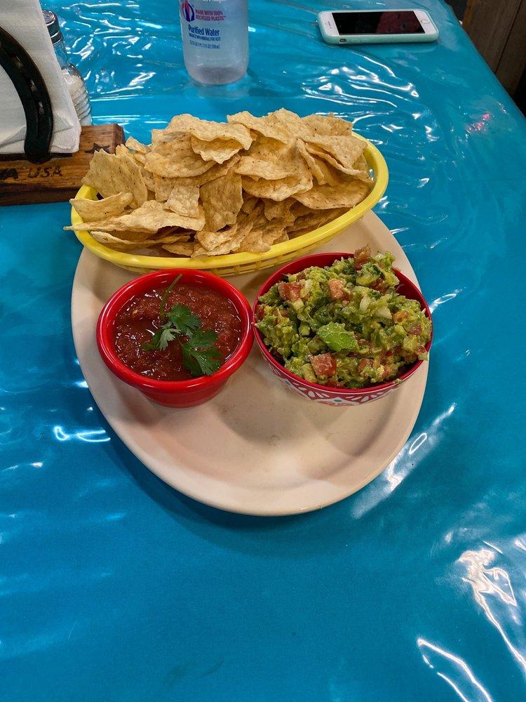 Food from La Estrella