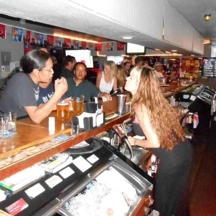 Gurley Street Sports Pub: 801 E Gurley St, Prescott, AZ