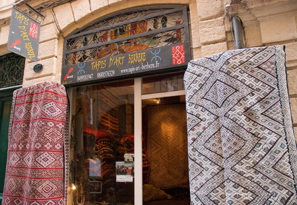 tapis d art berb re antiques 27 rue du palais des guilhems montpellier france phone. Black Bedroom Furniture Sets. Home Design Ideas