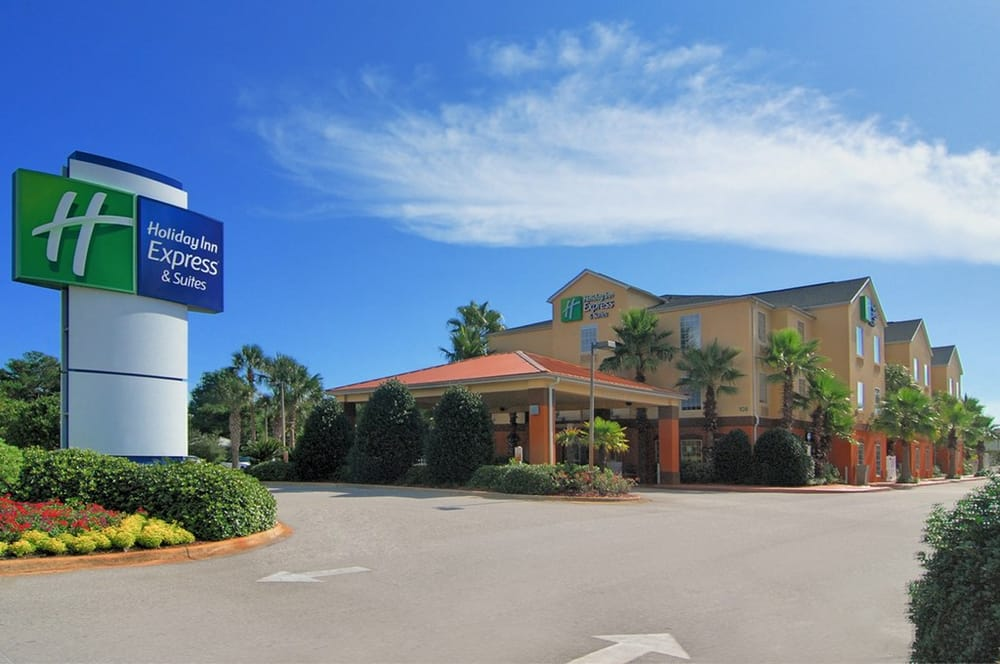 Hutchinson Auto Mall >> Holiday Inn Express & Suites Destin E - Commons Mall Area ...