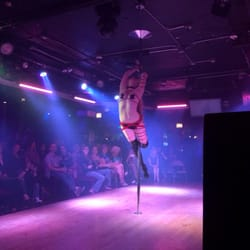 strip chicago bars il clubs