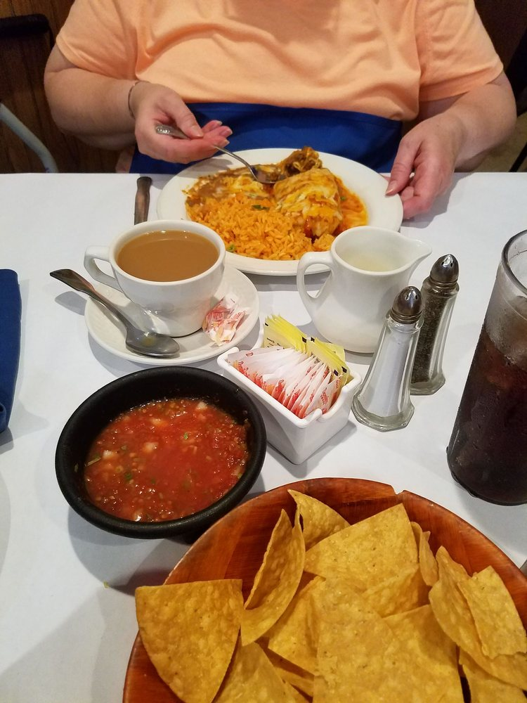 Juanitos Mexican Restaurant: 3 Broad St, Washington, NJ